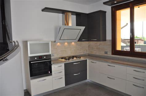 colori cucine moderne colori cucina moderna cucina moderna arredo with colori