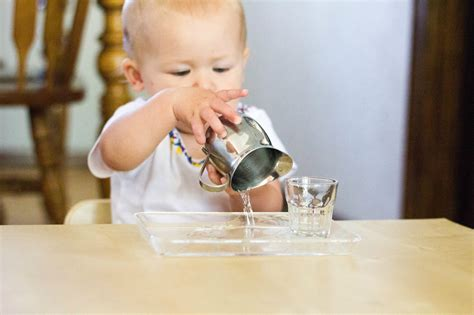 montessori baby montessori and baby toddler on pinterest montessori toddler introducing water pouring