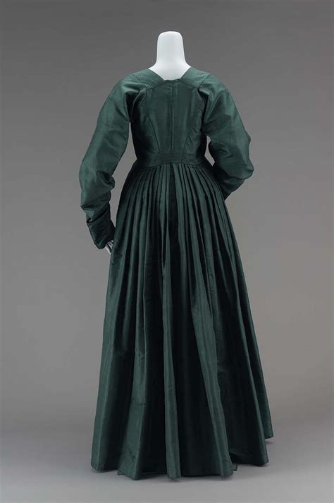 Dress T13 33 best images about 1790s fashion on day dresses the two and translate