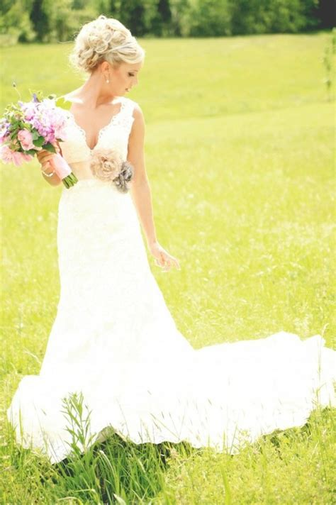 wedding dresses for country wedding country wedding dresses on country weddings