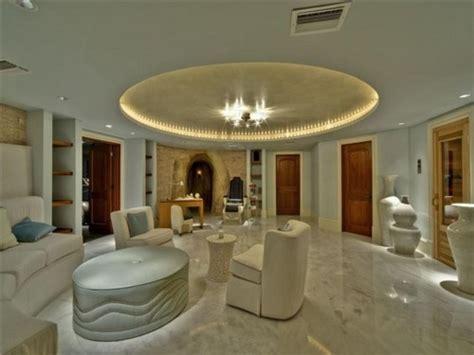 justin bieber living room beliibs inside justin biebers house
