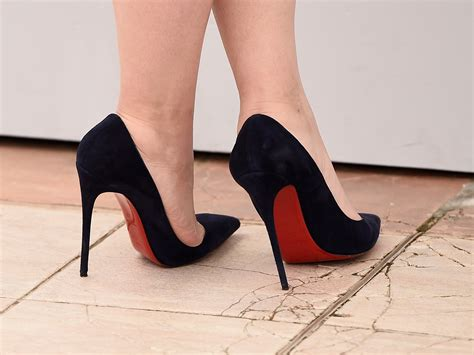 High Heel receptionist sent home from work without pay for refusing