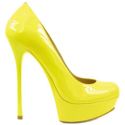 Sneaker Wedges Yellow Trendy Elegan designer yellow heels ha heel