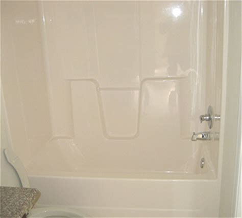 Refinish Acrylic Bathtub by Acrylic Fiberglass Tub Refinishing Cost Pricing Surround