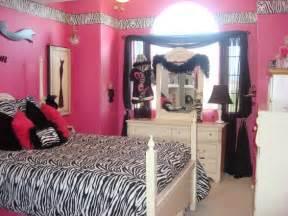 Zebra Print And Bedroom Ideas Decoraci 243 N De Habitaciones Juveniles En Rosa Y Negro
