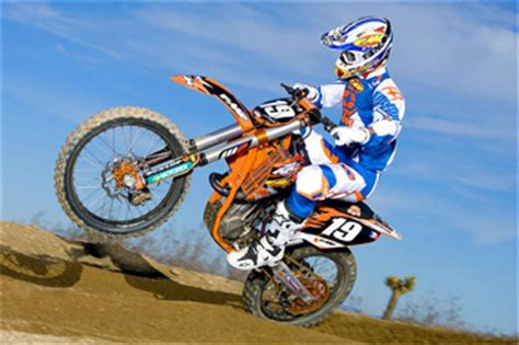 Searle Ktm World Mx Searle And Anstie Sign For Cls Kawasaki Team