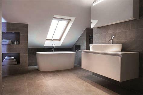 installing a bathroom suite image002