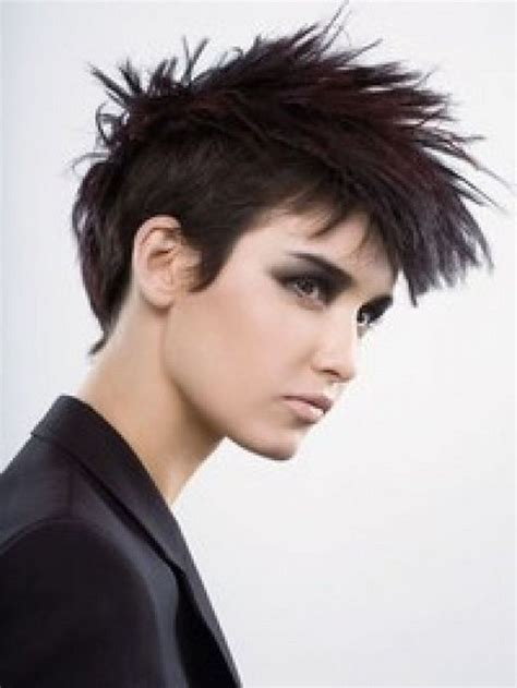 hair pieces to wear with fo hawk hairstyle woman mohawks styles 2012 mohawk haircuts of celebrities
