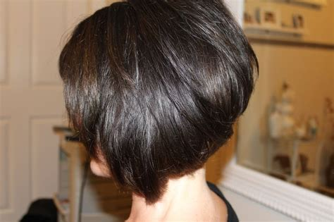 the swing short hairstyle short n the back and long in te frlnt at a angle jump bob haircut hairstyles