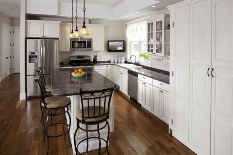 traditional kitchen lighting ideas cabin kitchen ideas kitchen traditional with bar black