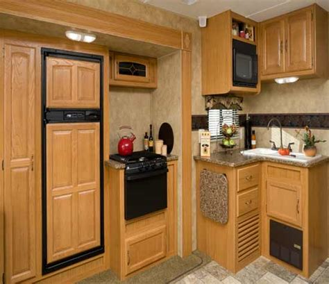 Kitchen Cabinets To Ceiling Height by Kitchen Cabinets To Ceiling Height