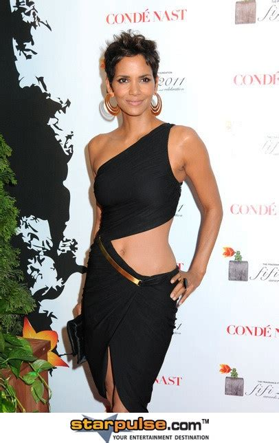 Halle Berry Gets On Knees For A by 31 Best To Look At Images On