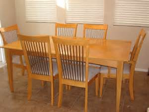 Maple Dining Room Table Moving Sale Maple Dining Room Table Set W 6 Chairs And Removable Leaf
