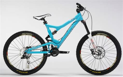 commencal supreme dh commencal supreme mini dh 2008 photo