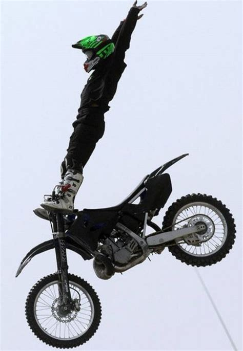 best bike stunts save the world the best bike stunts 30 pics