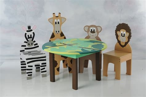 Child S Table And Chair Set by New Ichart Table And Chairs Set With 4 Animal Chairs