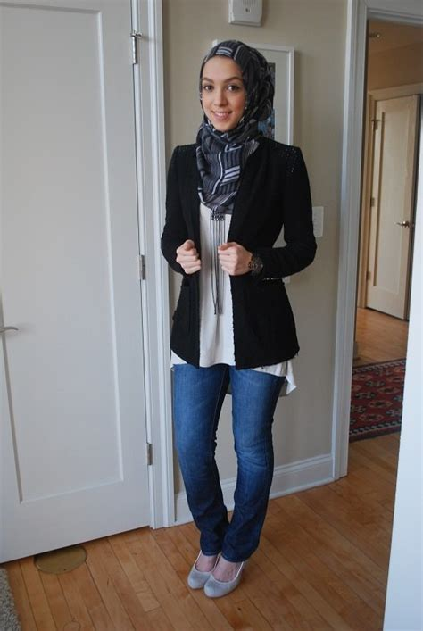 outfit trends ideas to wear outfits hairstyle hijab fashion 30 stylish ways to wear hijab with jeans for chic look