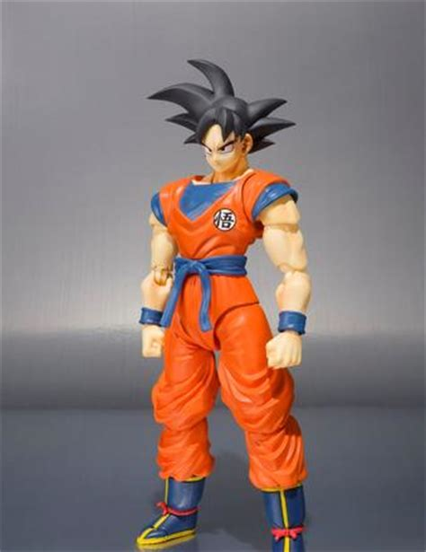exclusive s.h. figuarts son goku at the tamashii mexico
