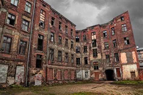 legal  explore abandoned buildings howstuffworks
