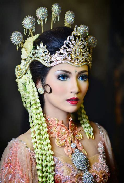 Make Up Pengantin Jawa 2392 best bling and accessorise use your images on crowns headdress and