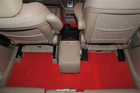 Karpet Mobil Crv karpet dasar variasi berfungsi sbg peredam jg bnyk warna