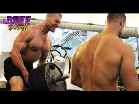 buff dudes bench press 3 easy tips for building big triceps fast doovi