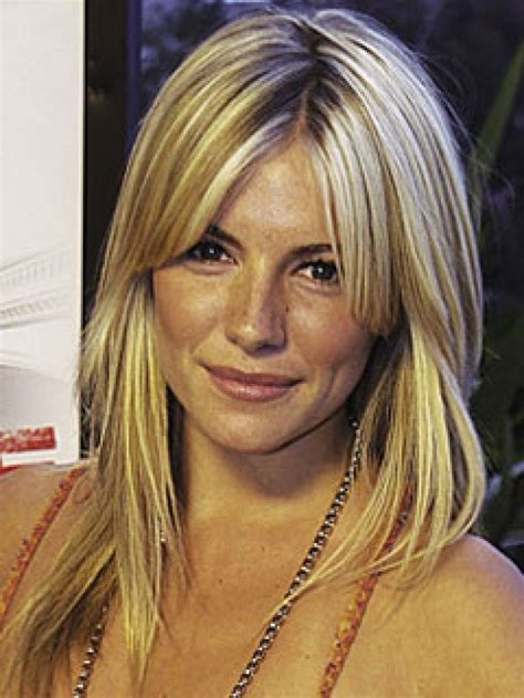 middle part bangs with long hair beach blonde tresses hair do s beauty pinterest