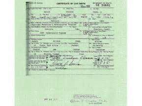 Birth Certificate New York Letter Of Exemplification Trump Toots His Horn In Bam Birth Certificate Release Ny Daily News