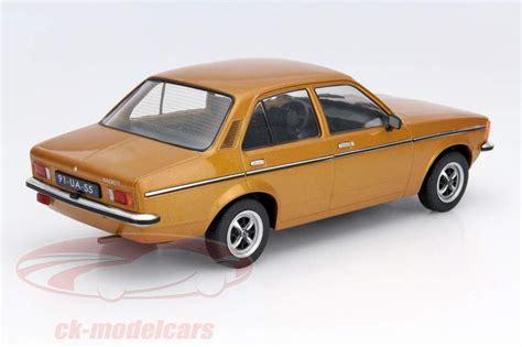 opel kadett 1977 sch 246 ne zeiten opel kadett c2 1977 als modell in 1 18