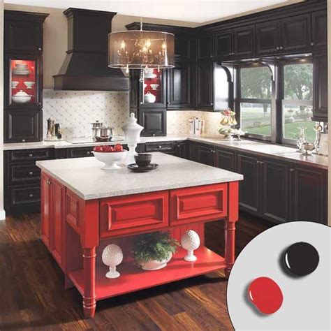 painted islands for kitchens best 25 painted kitchen island ideas on pinterest