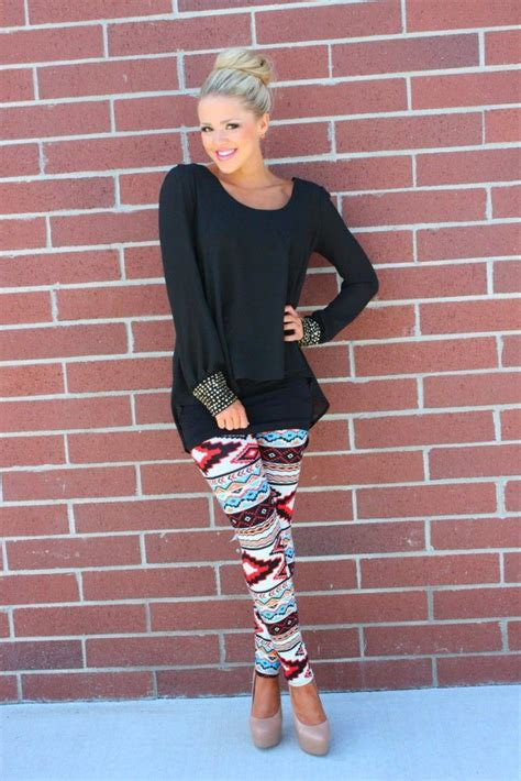 what to wear with patterned leggings what to wear with ethnic print leggings aelida