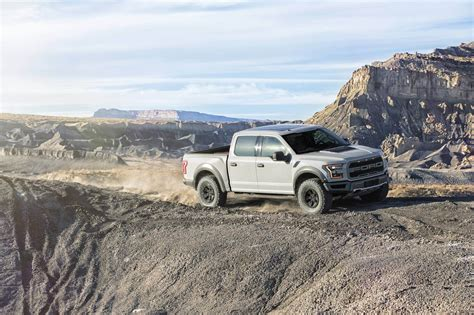 avalanche raptor ford unveils the 2017 ford raptor supercrew ford raptor fans
