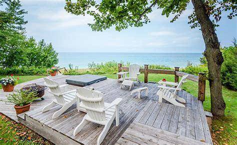 Light Harbor Rentals luxury villas home page