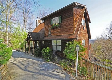 gatlinburg cabin rental 4 benefits of a late summer vacation at our rental cabins