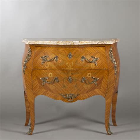 canapé style louis xv commode de style louis xv 2014080265 expertissim