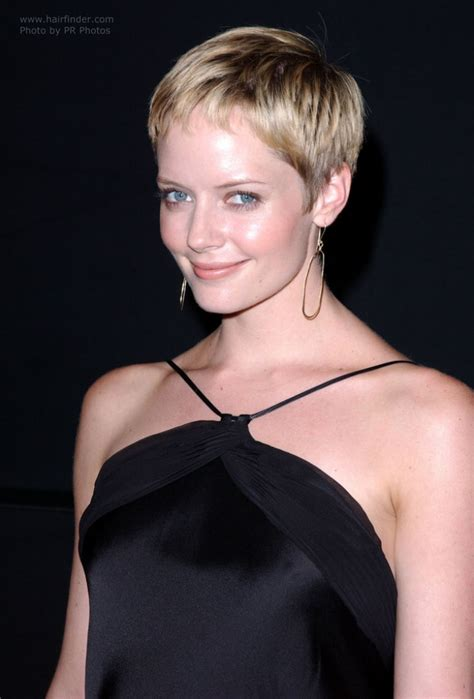 Marley Shelton sporting a short gamine pixie haircut