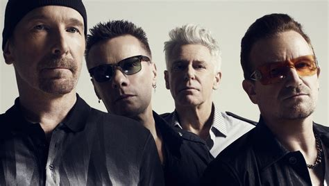 music on 1 musica z u2 beautiful day terbaru u2 begin tour with a bang the edge falling off stage