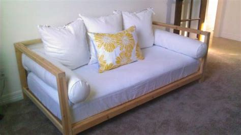 builders showcase  double sided daybed  design