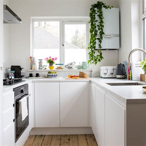 small kitchen desings