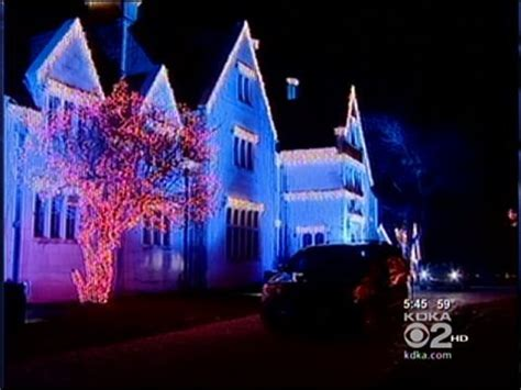 neighborhoods with the best holiday lights in the