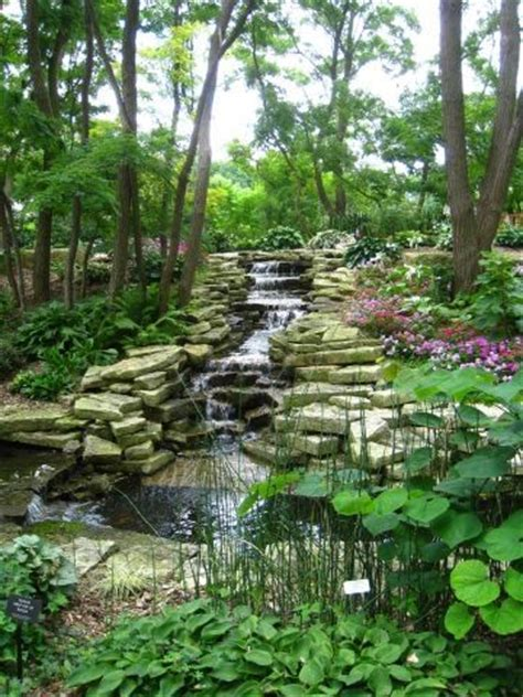 lauritzen gardens in omaha places to see