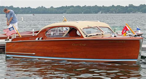 chris craft boats old live ish from the minnesota lakes classic boat car show