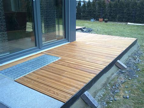 terrasse l form gefälle terrasse holz verlegen vr75 hitoiro
