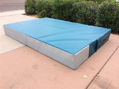Best Bouldering Mat by 17 Best Ideas About Bouldering Crash Pads On