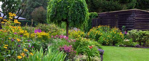 Garden Focal Point Ideas Creating A Focal Point In Your Garden Garden Weasel