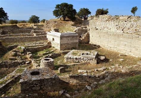 www turkey tours to gallipoli troy pergamon from istanbul 2 days