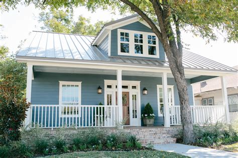 fixer upper house fixer upper on pinterest chip and joanna gaines