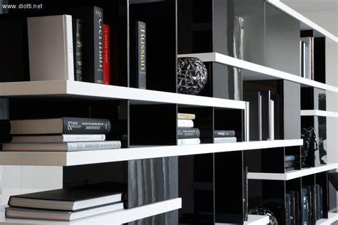 librerie saronno libreria piccola moderna laccata con ante tutte