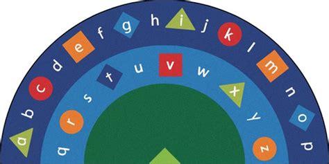alpha shapes rug semi circle    cfk