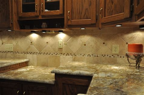 Kitchen Backsplash Ideas With Granite Countertops | granite countertops and tile backsplash ideas eclectic
